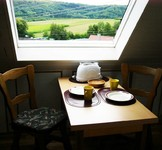 Aussicht Kirbachtal, Weinanbaugebiet, Frühstückstisch